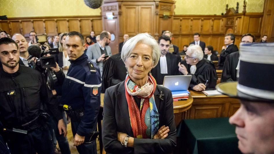 Christine Lagarde: Das Pariser Lagarde entscheidet heute über die Zukunft der IWF-Chefin