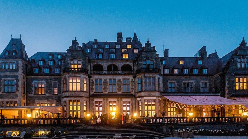 """Traditioneller Ort der Feier: das """"Schlosshotel Kronberg"""""""