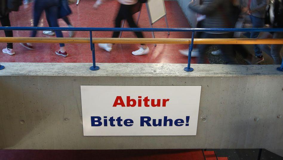 Die Abschlussprüfungen sollen an Deutschlands Schulen trotz der Coronavirus-Pandemie stattfinden