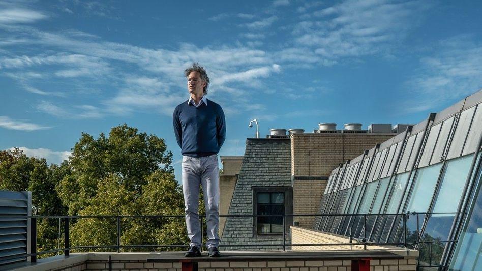 Mister Liberty: Palantir-CEO Alex Karp stilisiert sich als Kämpfer für westliche Werte (hier auf dem Dach seines Londoner Büros)