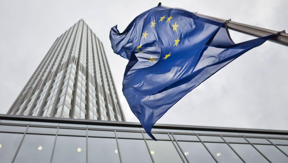 Europäische Zentralbank ín Frankfurt am Main: Umtauschprogramm gestartet