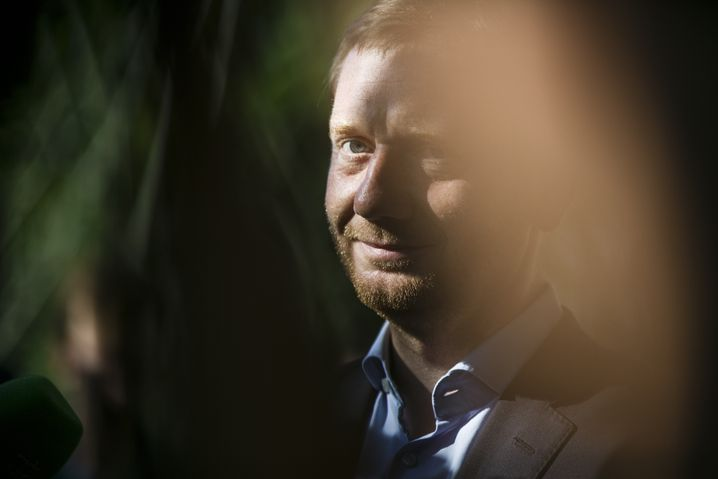 Sachsens Ministerpräsident Michael Kretschmer nach der Wahl