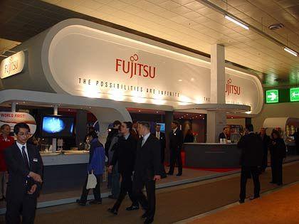 Mächtig: Messestand von Fujitsu