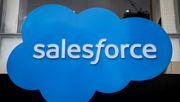 Dow-Aufsteiger Salesforce hebt Jahresprognose an