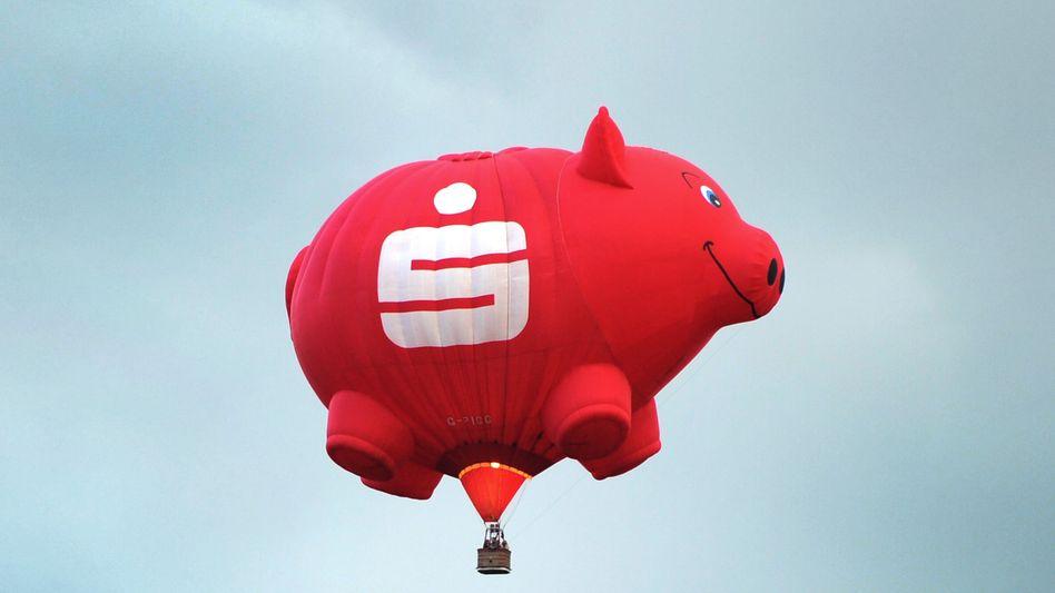 Heiße Luft: Statt des Sparschweins entdecken die Deutschen den Aktienmarkt - mit Erfolg