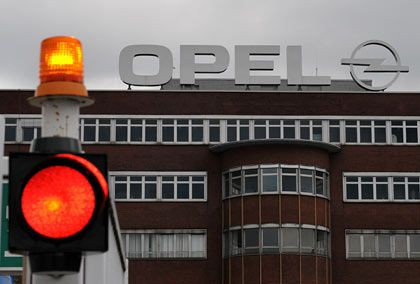Alles auf Halt: Wie geht es nun weiter bei Opel?