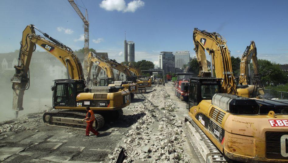 Straßenbau: Vor allem in Infrastrukturprojekte wollen Allianz und Axa investieren