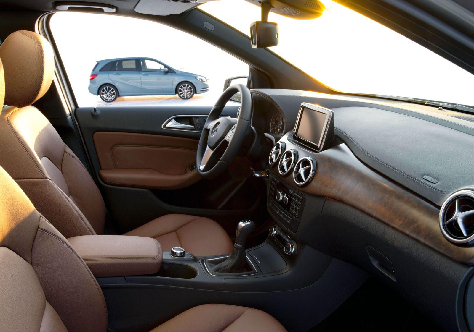 Mercedes-Benz B-Klasse, Interieur / Autositze / Daimler