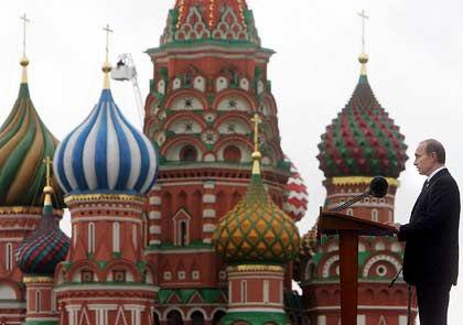 """Putin in Moskau: """"Er lebt in der zaristischen und sowjetischen Tradition"""""""