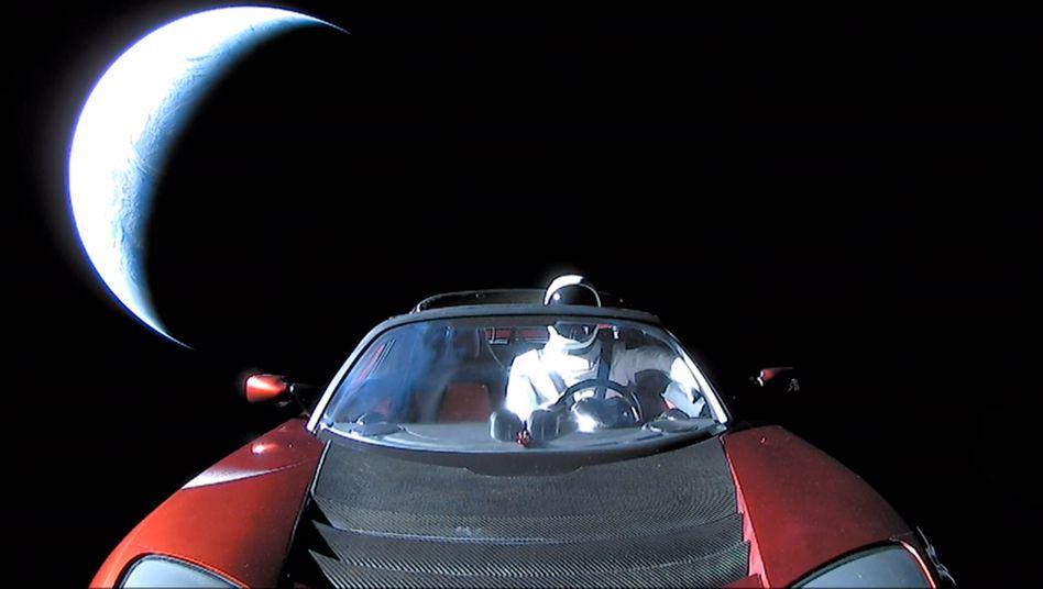 Tesla Roadster im All: Will Elon Musk zu viel auf einmal?
