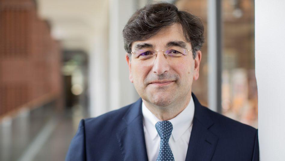 Albert Christmann: Oetkers Konzernchef prüft die Übernahme angeschlagener Brauereien