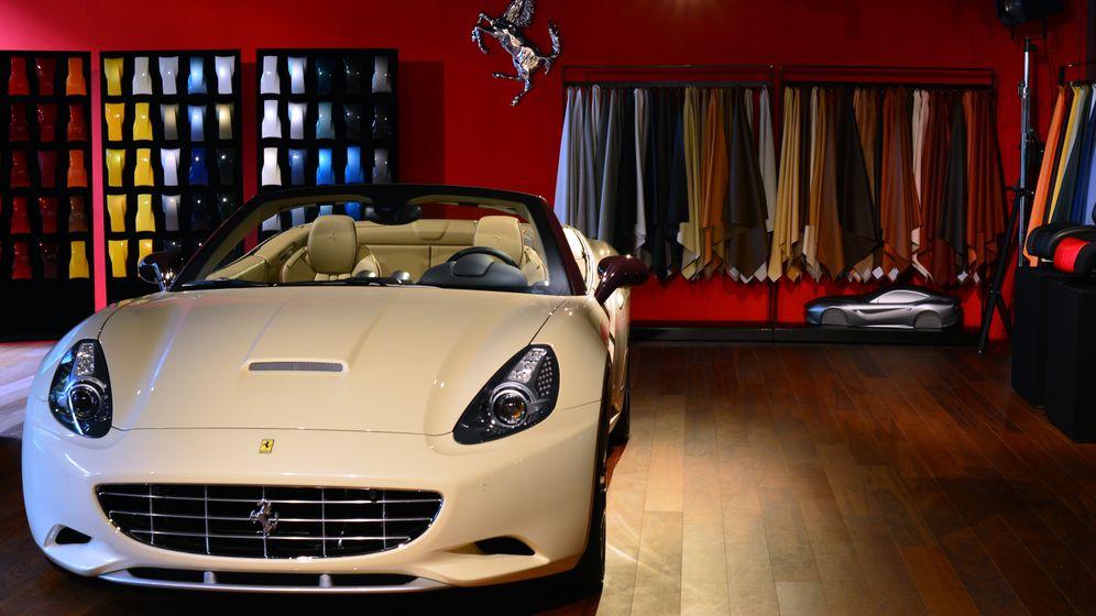 Fanartikel als Luxus: Die Erfolgsstrategie von Ferrari