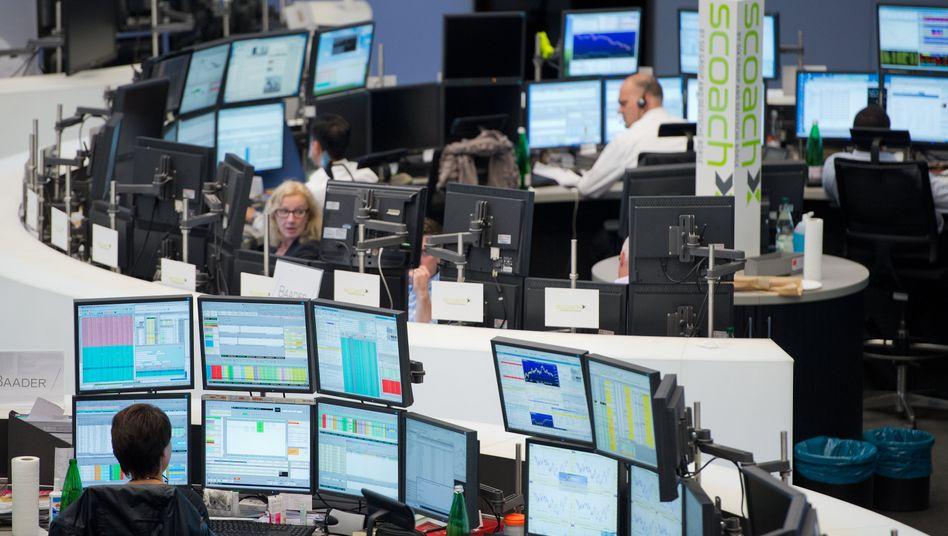 Börse Frankfurt: Die Investoren halten sich am Donnerstag noch zurück