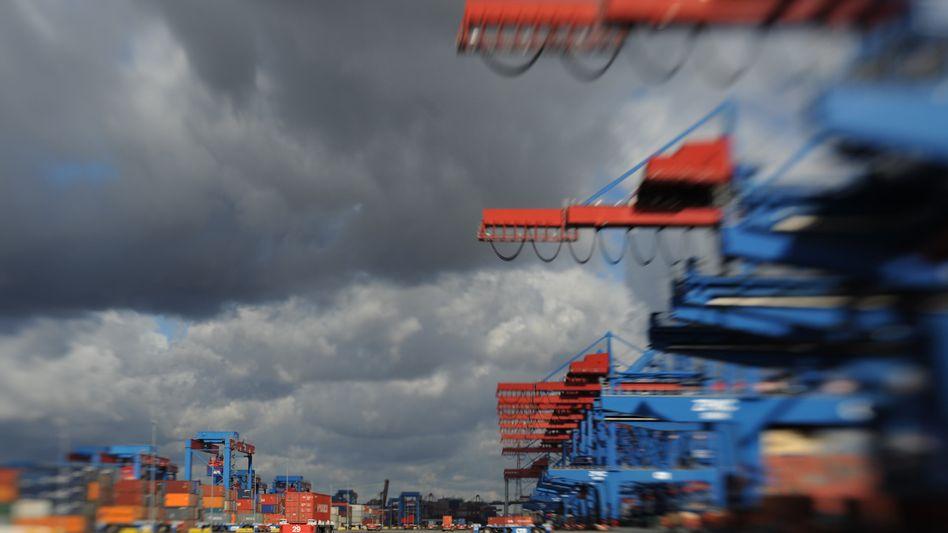 Hamburger Hafen: Dunkle Wolken ziehen am Konjunkturhimmel auf