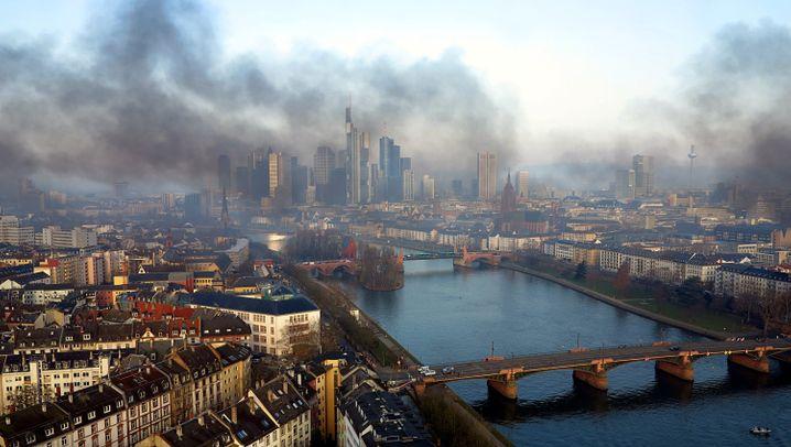 EZB-Neubau eröffnet: Krawall um Mario Draghis Machtzentrale