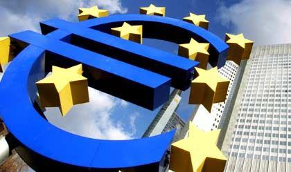 Vom Euro-Rekord nicht beeindruckt: Europäische Zentralbank in Frankfurt