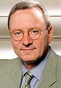 Sitz ab 2002 im Vorstand: Klaus Peter Löbbe