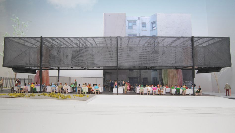 Offene Architektur: Im BMW Guggenheim Lab, hier ein Modell des Entwurfs des Ateliers Bow-Wow, will BMW sich mit grundsätzlichen Fragen der Stadtplanung befassen