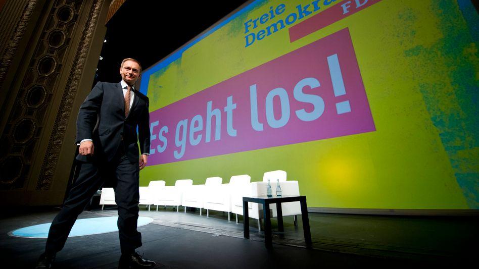 Neuanfang: FDP-Parteivorsitzender Christian Lindner beim traditionellen Dreikönigstreffen in Stuttgart im Opernhaus beim traditionellen Dreikönigstreffen vor neuem Parteilogo