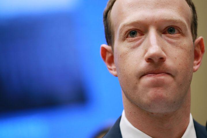 Marc Zuckerbergs massive Verfehlungen kamen 2018 ans Licht