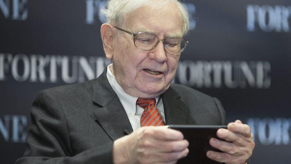 "Milliardeninvestor Buffett beim Twittern: ""Warren is in the house."""