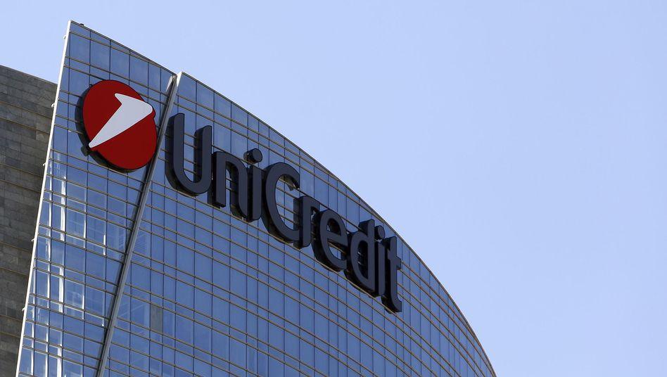 Unicredit: Die HypoVereinsbank-Mutter verschärft unter Jean Pierre Mustier den Sparkurs und streicht weitere 8000 Stellen bis 2023