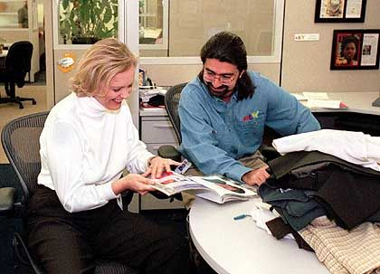 """Pierre Omidyar: Der Mitbegründer des Internet-Auktionshauses Ebay wurde laut """"NYT"""" ebenfalls gefragt, ob er nicht in Google investieren wolle. Er wollte."""