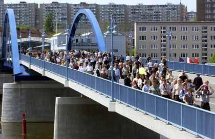 Brücke in Frankfurt/Oder nach Polen: Zwei Länder, zwei Kulturen