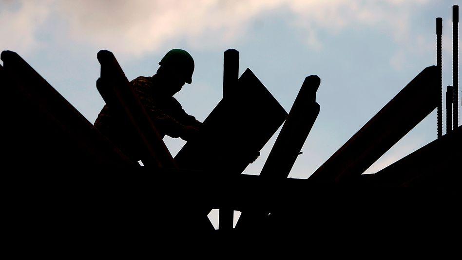 Bauarbeiter: Exporte legen überraschend zu