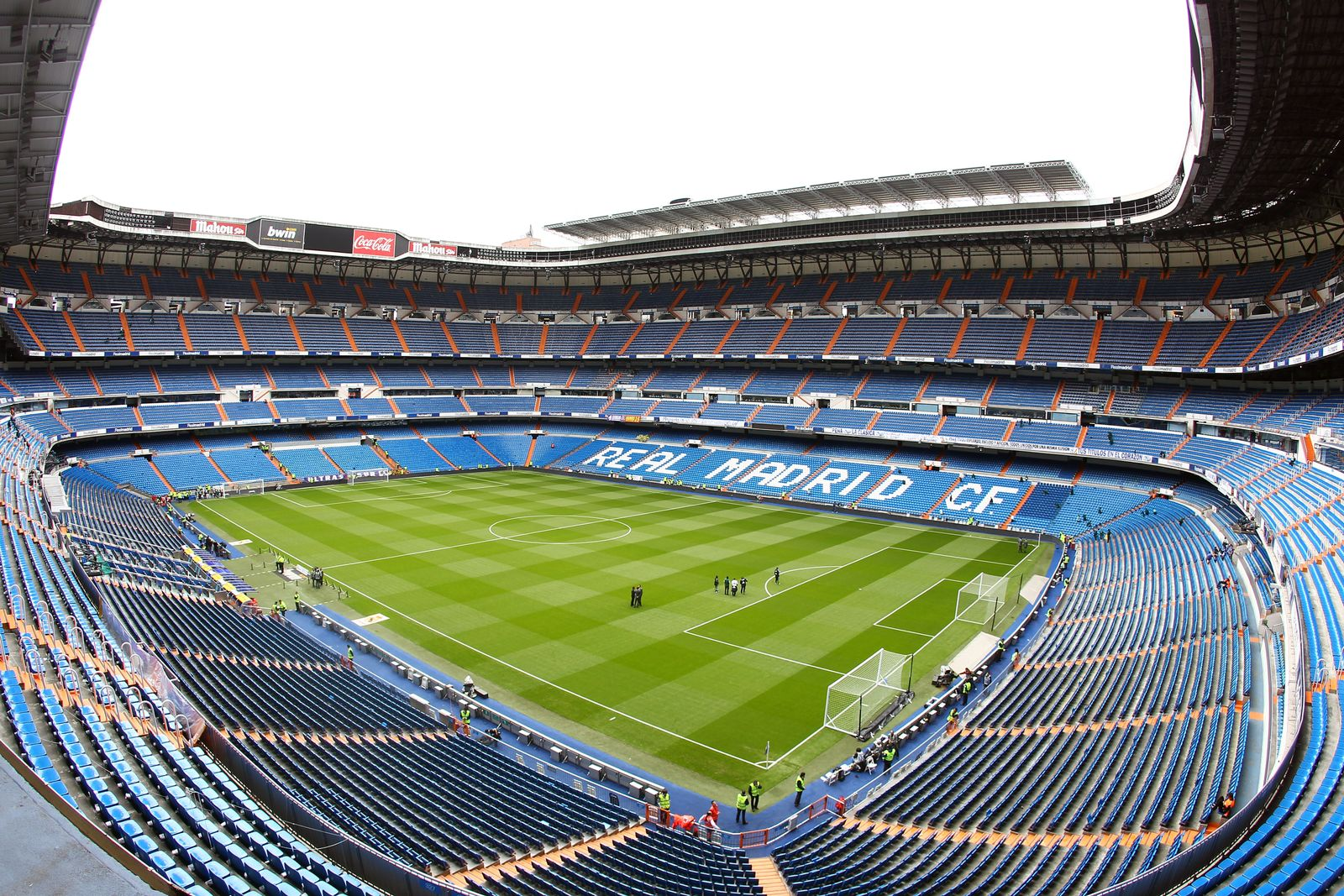 Estadio Santiago Bernabeu / Stadion / Real Madrid