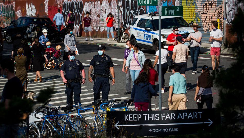 New York: Beschränkungen werden gelockert