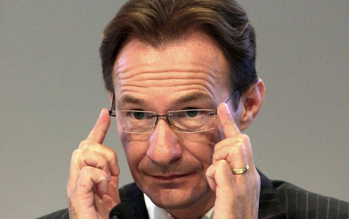 Neue Aufgabe: Ex-Porsche-Chef Michael Macht ...