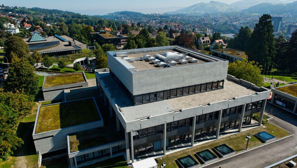 In und um die Universität St. Gallen diskutieren am 7. und 8. Mai rund 1000 Gäste Zukunftsfragen.