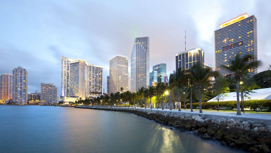 Skyline von Miami: Die Florida-Metropole gilt als Hort von Drogengeldern - und wohl auch deutschen Schwarzgeldes
