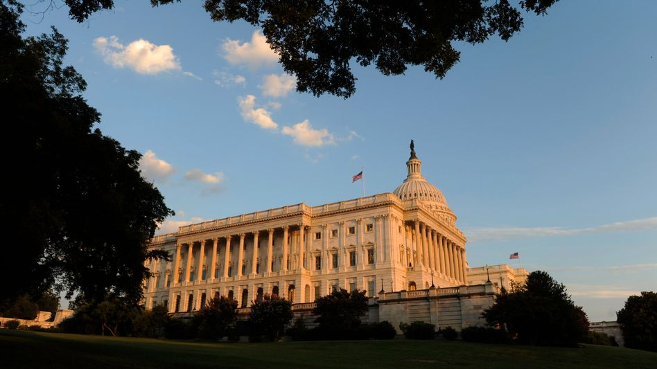 US-Capitol in Washington: Der Senat will bereits am Montag über das Sparpaket abstimmen