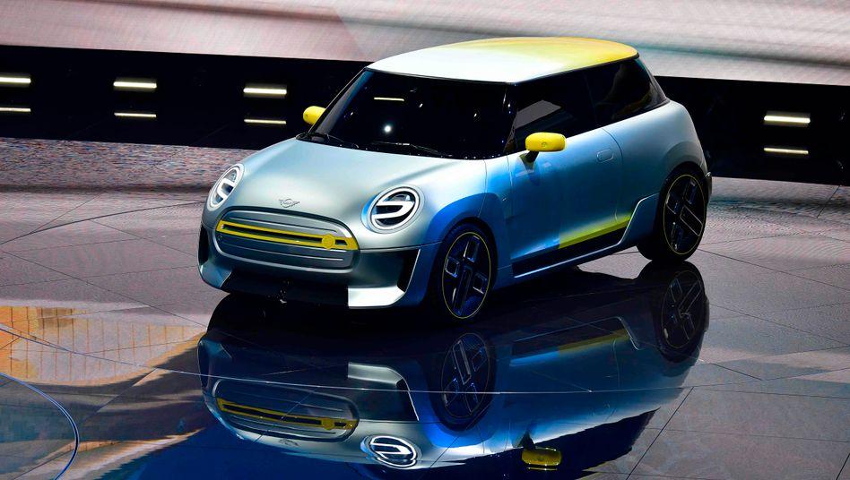Mini auf der IAA: Ein Elektro-Mini soll bald in England und in China vom Band laufen. BMW plant dafür eine Partnerschaft mit Great Wall