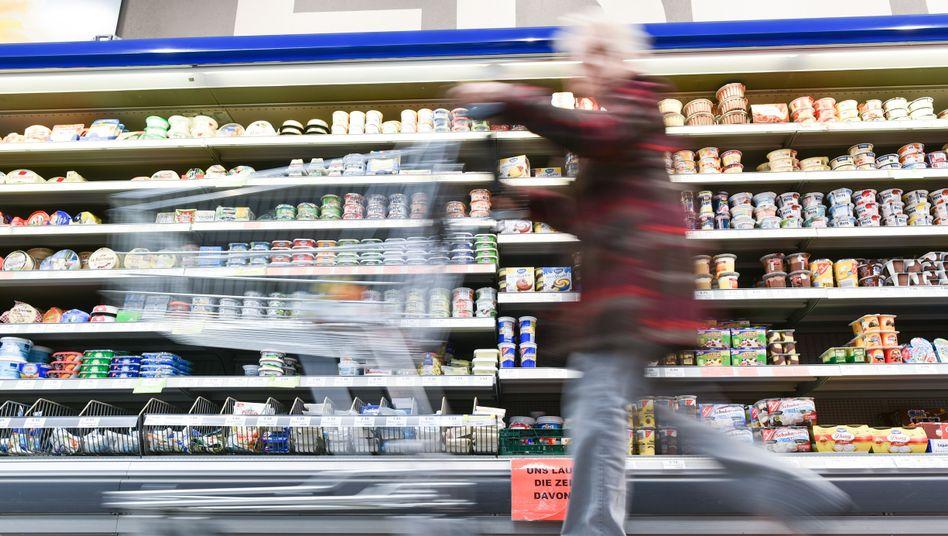 Verbraucherpreise: Während Energiepreise fallen, steigen die Preise für Lebensmittel