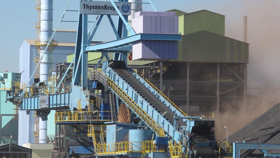 Hüttenwerk von ThyssenKrupp an der Bucht von Sepetiba bei Rio de Janeiro: In Brasilien und den USA schrieb der Konzern zuletzt Verluste