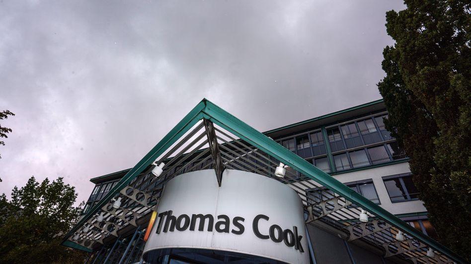 Thomas Cook Zentrale in Oberusel: Auch der deutschen Tochter droht das Aus - der Reiseanbieter hat bereits alle Reisen ab 2020 abgesagt