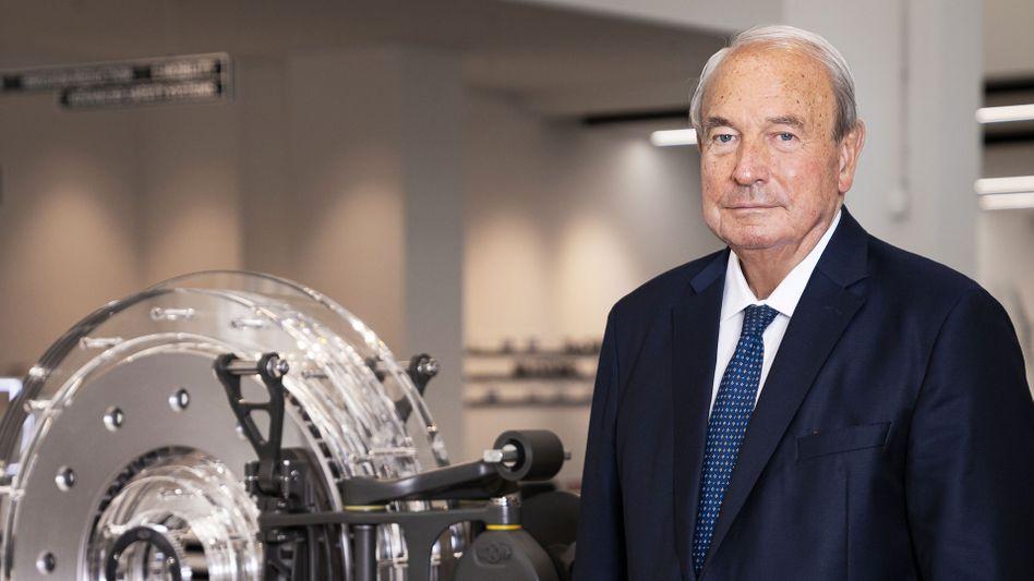 Will es mit Jan Michael Mrosik versuchen: Knorr-Bremse-Firmenpatriarch Heinz Hermann Thiele