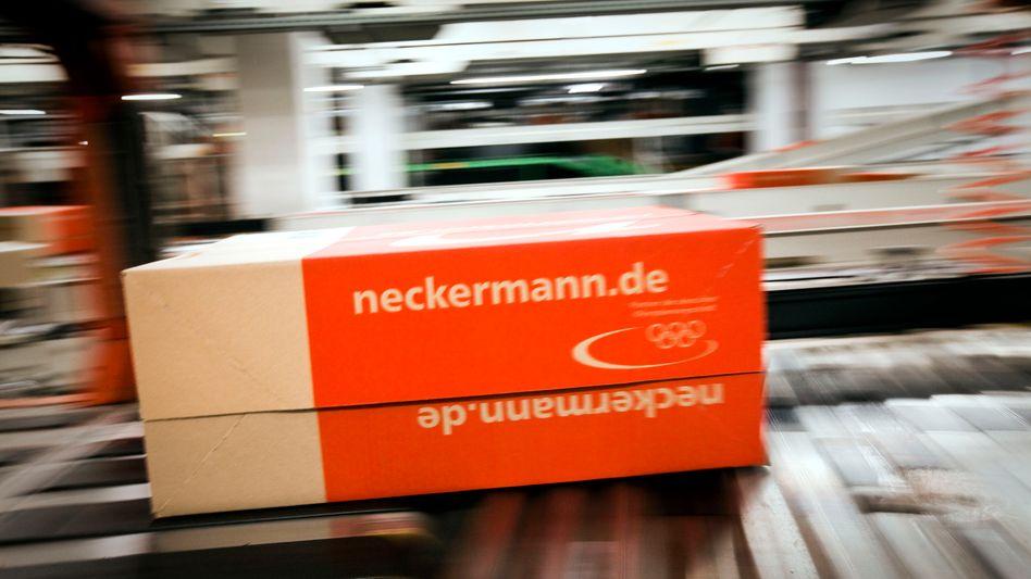 Neckermann-Pakete: Nach der Pleite von Quelle geht mit Neckermann ein weiterer großer Post-Kunde verloren