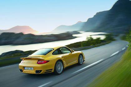 Gegenwind: Porsche ist in den USA derzeit auf schwierigem Terrain. Die Kläger, angeführt vom Hedgefonds Elliott Associates, erhöhen den Druck