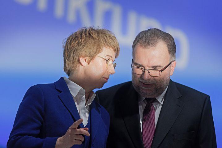 """Beim Verkauf der Aufzugsparte """"Außergewöhnliches geleistet"""": Thyssenkrupp-Chefin Merz mit Russwurm"""