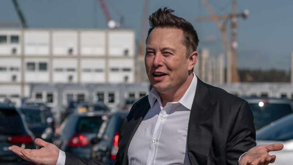"""Elon Musk in Grünheide: """"Wir bauen die bedeutendste Autofabrik der Welt"""""""