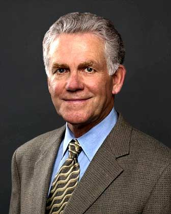 Top-Gehälter im Silicon Valley, Platz 5: Jeffrey Henley (58), CFO von Oracle: 825.000 Dollar Gehalt, 24,48 Millionen DollarVergütung in Aktien/Optionen