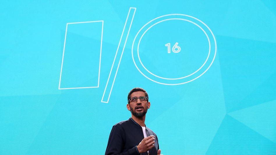 Gibt Gas: Google-Chef Sundar Pichai auf der konzerneigenen Entwicklerkonferenz am 18. Mai 2016.