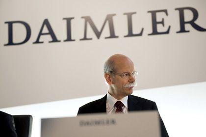 Daimler-Chef Zetsche: Der neue Optimismus wirkt ein wenig wie die übertriebene Euphorie eines Nationalspielers, der nach schwerer Verletzung die erste Runde gejoggt ist und sich gleich wieder fit in Länderspielform wähnt