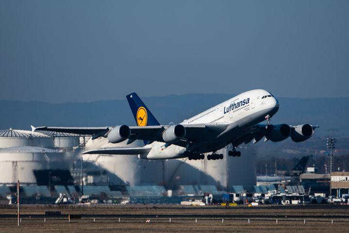 Lufthansa: Aktie stark unter Druck