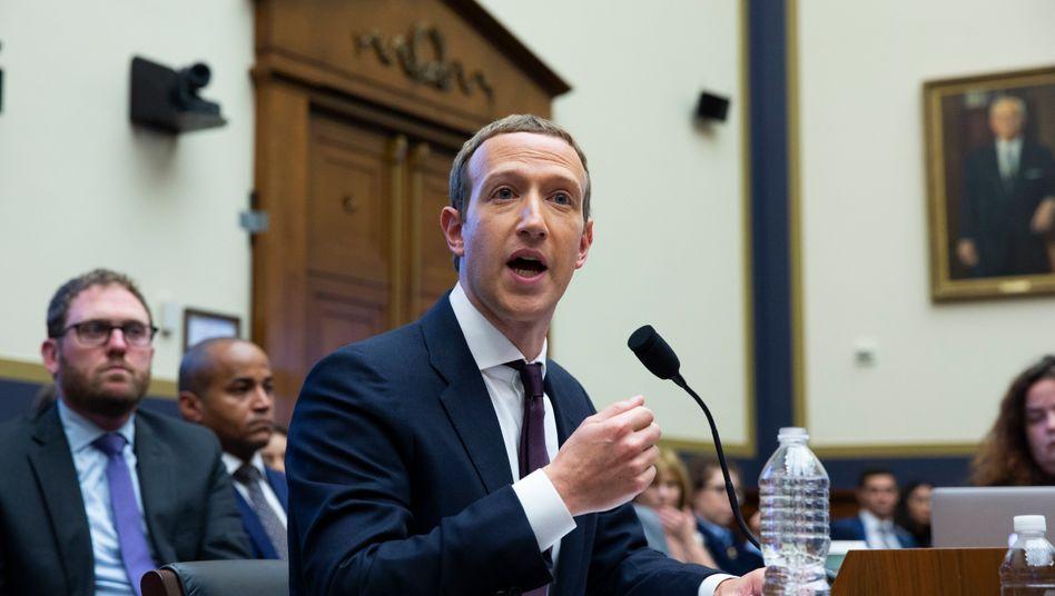 Facebook-Chef Mark Zuckerberg während einer Anhörung am 23. Oktober