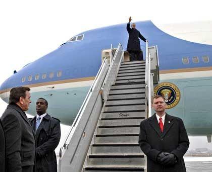 Der Präsident landet, der Flughafen Frankfurt liegt lahm